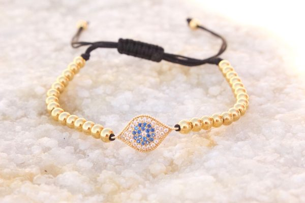 18kt Yellow Gold Evil Eye Macrame Bracelet