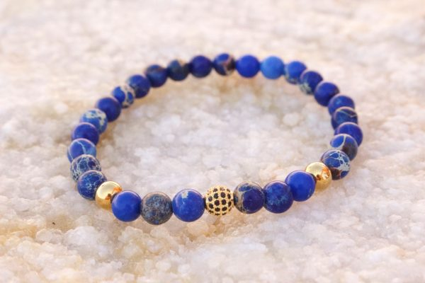 18kt Yellow Gold Blue Sediment Bead Bracelet